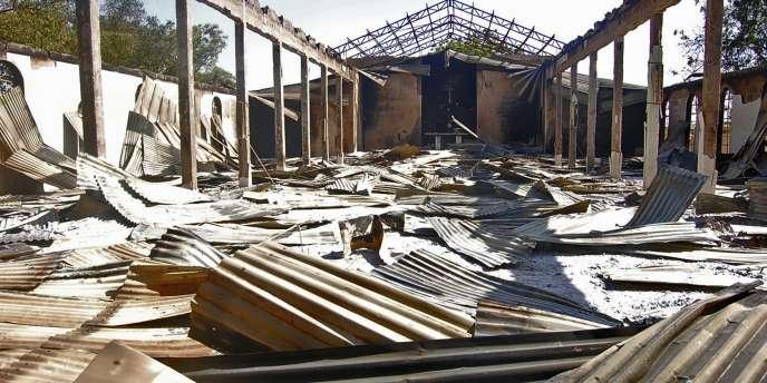Vue d'une église incendiée par le groupe islamiste Boko Haram au Nigeria.