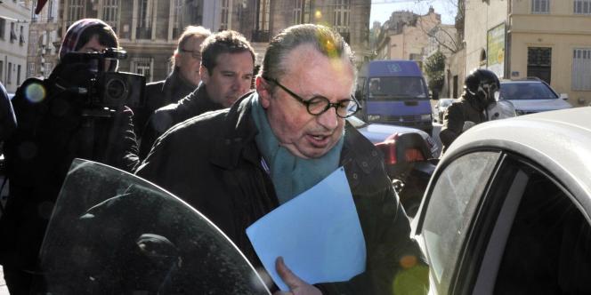 Jean-Noël Guérini à sa sortie du palais de justice de Marseille le 15 février 2012.
