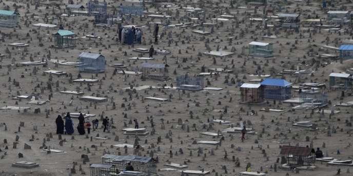 Cette bavure de l'Otan a provoqué la colère du président afghan Hamid Karzaï, au moment où un rapport des Nations unies met en évidence la hausse continue du nombre de victimes civiles depuis cinq ans.