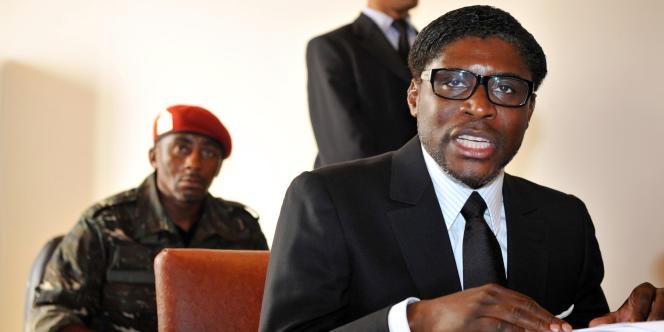 Teodorin Nguema Obiang, le fils du président de la Guinée équatoriale, lors d'une conférence à Mbini-Rio Benito, au sud de Bata, en janvier 2012.