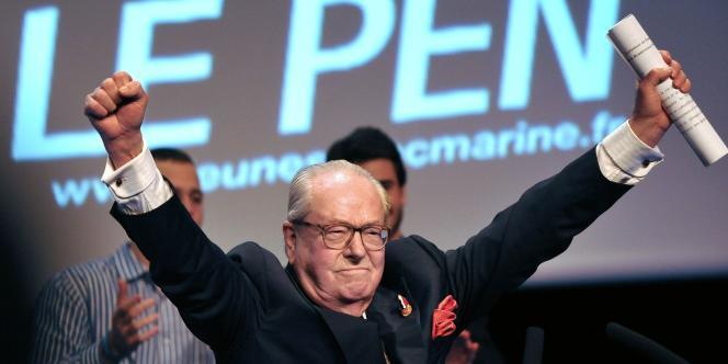 Jean-Marie Le Pen, lors de la convention présidentielle du FN, le 17 février à Lille.