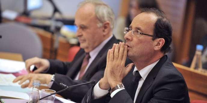 François Hollande lors d'une séance du conseil général de la Corrèze, le 17 février 2012.