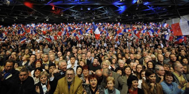 Les partisans de Nicolas Sarkozy, lors du meeting du candidat de l'UMP le 19 février à Marseille.