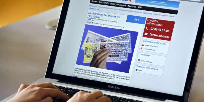 Le Sénat devrait adopter, mardi 21 février 2012, la proposition de loi votée le 16 février à L'assemblée nationale concernant l'interdiction de spéculer via Internet sur les billets de spectacles.