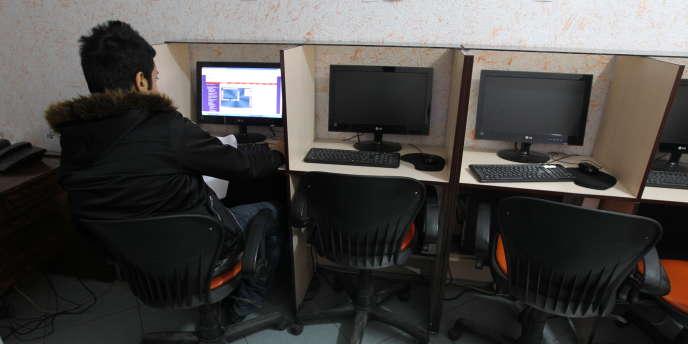 Un café Internet à Téhéran.