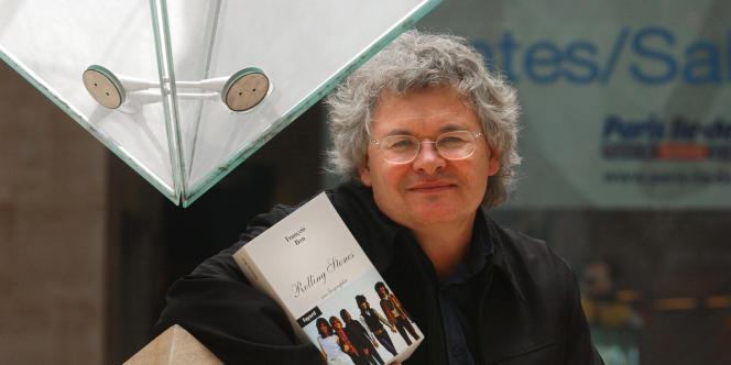 L'écrivain François Bon est un passionné du net et anime depuis 1997 un site d'écriture et d'édition numérique publie.net.