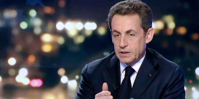 Nicolas Sarkozy sur le plateau de France 2, le 22 février.