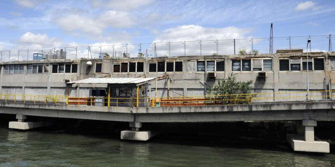 Le chantier de l'île Seguin à Boulogne-Billancourt en juillet 2008.
