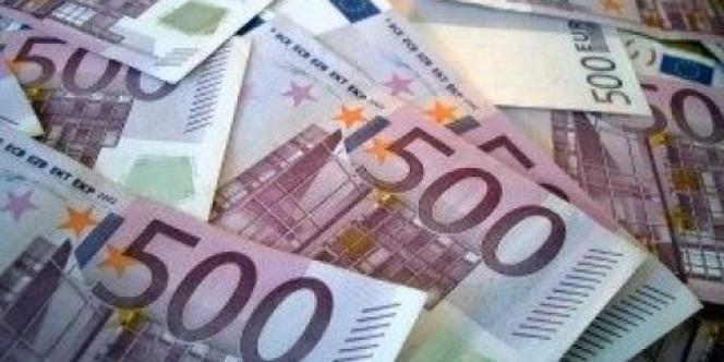 Les dirigeants de l'UE préparent un plan pour sauver l'euro, qui inclurait l'émission d'euro-obligations communes.