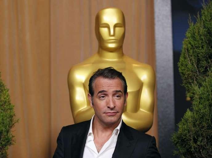 L'acteur Jean Dujardin, nommé pour l'Oscar du meilleur acteur, à Beverly Hill (Californie), le 6 février 2012.