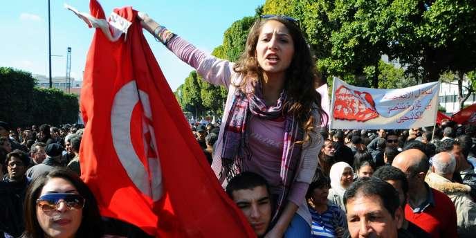 Manifestation anti-gouvernement à Tunis, samedi 25 février.