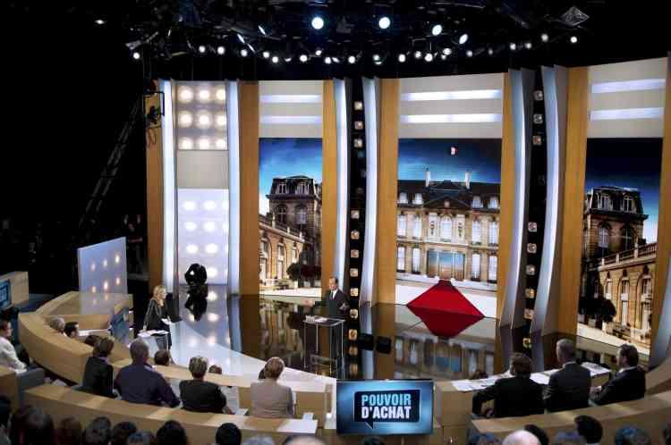 """François Hollande, sur le plateau de """"Parole de candidat"""", émission diffusée par TF1 lundi 27 février."""