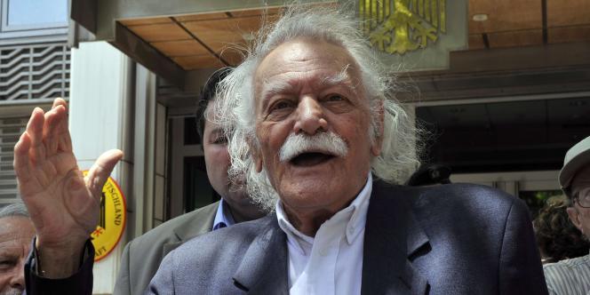 Pour le héros de la Résistance Manolis Glezos, l'Allemagne doit 162 milliards d'euros à la Grèce.