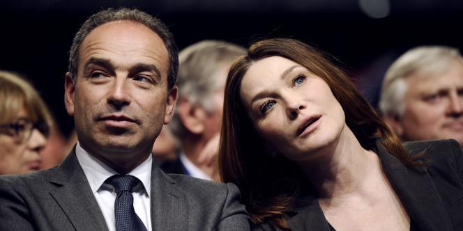 Carla Bruni Sarkozy et Jean-François Copé, au meeting de Nicolas Sarkozy à Bordeaux, samedi 3 mars.