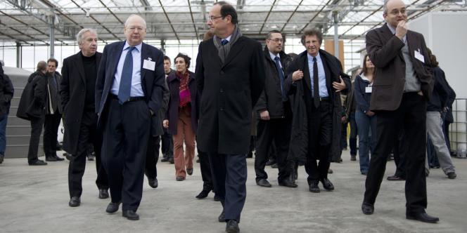 François Hollande a notamment promis de réformer la première année universitaire et de ne pas toucher à l'autonomie des universités, tout en revoyant la manière dont elle a été mise en œuvre.