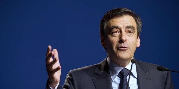 François Fillon, le 1er mars à Besançon lors d'un meeting de soutien à Nicolas Sarkozy.
