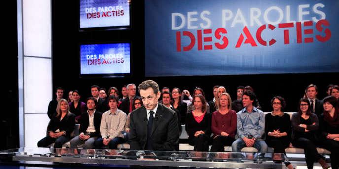 Nicolas Sarkozy sur le plateau de l'émission politique