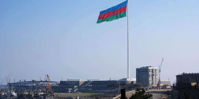 Les travaux pour la construction du bâtiment qui accueillera le concours de l'Eurovision en mai, à Bakou.