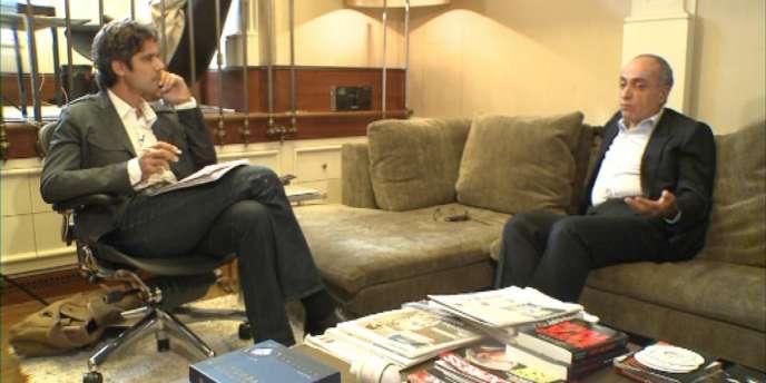Paul Moreira en entretien avec Ziad Takieddine chez lui à Paris, début 2012.