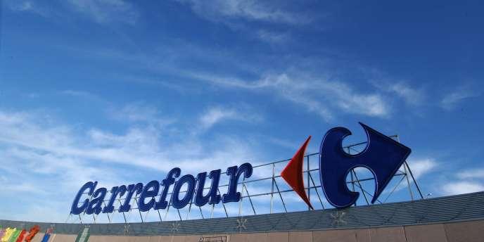 Deux syndicats ont assigné une enseigne de Carrefour pour travail de nuit.