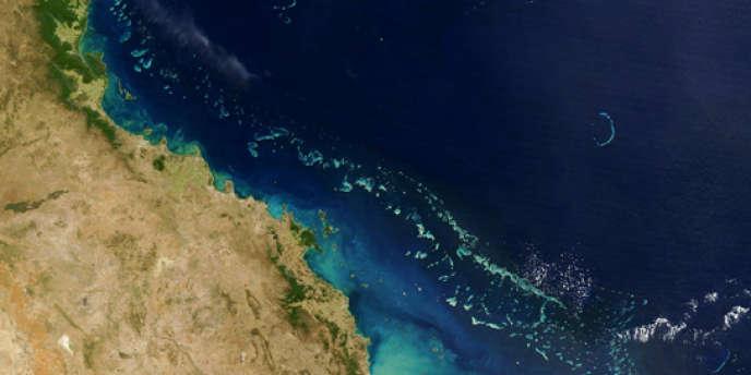 Vue satellite de la Grande Barrière de corail.