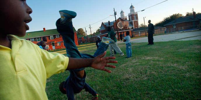 Les Afro-Américains, surtout les garçons, sont largement plus punis à l'école que le reste de leurs camarades.