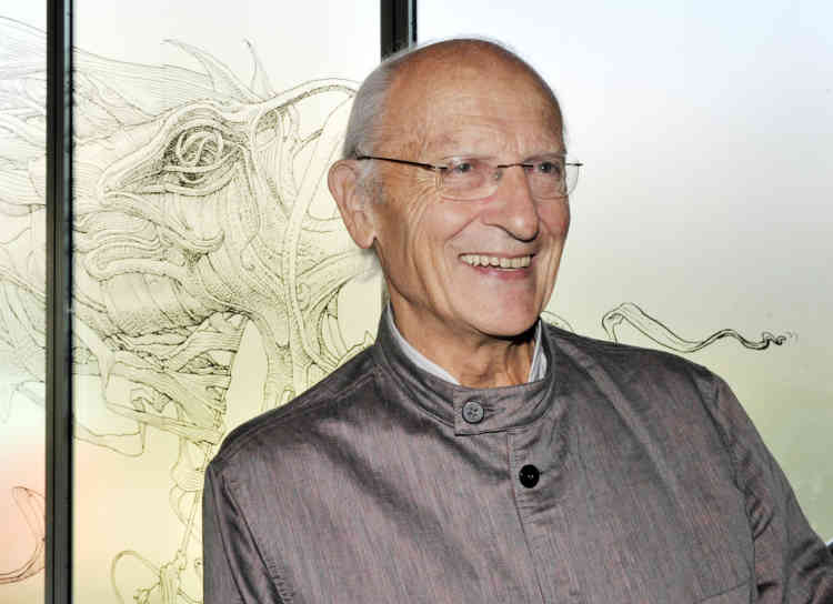 """French cartoonist Jean Giraud, aka """"Moebius"""" poses on October 10, 2010 at the fondation Cartier in Paris. An exhibition entitled """"Moebius transe for me"""" devoted to Moebius's work will take place at the fondation Cartier from October 12, 2010 to March 13, 2011.   AFP PHOTO BORIS HORVAT"""