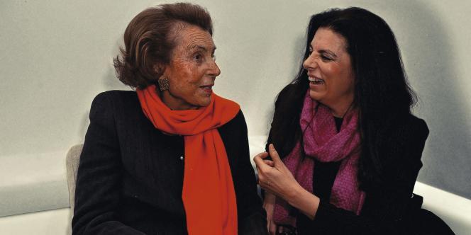 Orban Thierry/ABACA Liliane Bettencourt et sa fille, Françoise Bettencourt Meyers, le 3 mars 2011, lors de la remise du Prix pour les femmes et la science, décerné  par la fondation L'Oréal et l'Unesco.