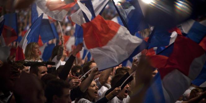 Des militants de l'UMP, lors du discours de Nicolas Sarkozy à Villepinte, le 11 mars.