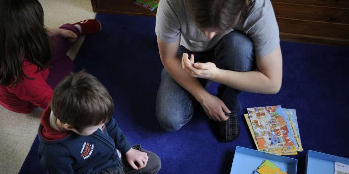 En France, une famille sur cinq est monoparentale.