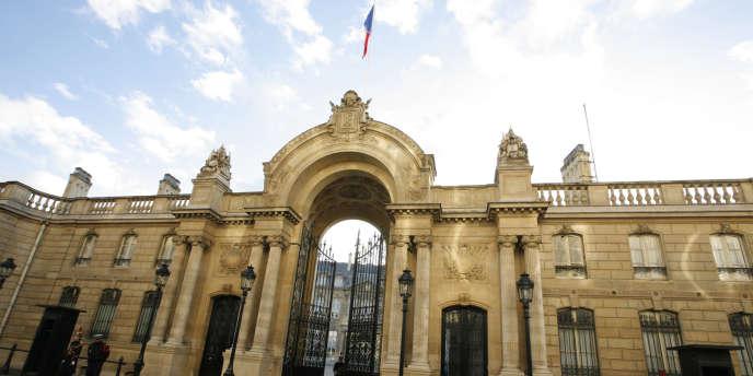 A partir du 9 avril, l'égalité du temps de parole des candidats à la présidentielle 2012, ainsi que l'égalité du temps d'antenne dans des conditions de diffusion comparables doivent être assurées.