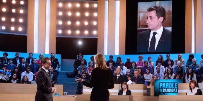 Nicolas Sarkozy sur le plateau de TF1 lundi soir.