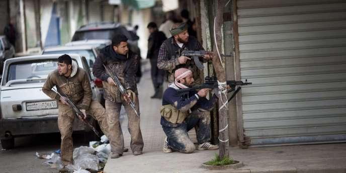 Des membres de l'Armée syrienne libre à Idlib, le 11 mars 2012.