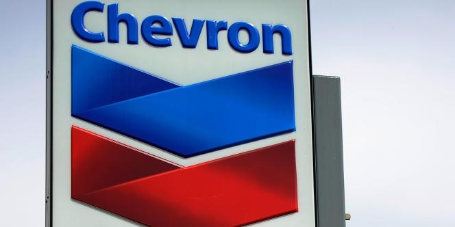 Avec 240 milliards de dollars de capitalisation boursière, Chevron se classe désormais au deuxième rang mondial de l'énergie, derrière ExxonMobil, mais devant Petrochina et Shell.