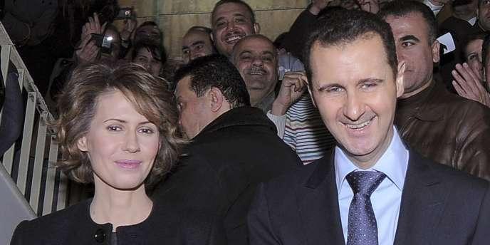 Bachar Al-Assad et Asma Al-Assad, le 26 février 2012, à Damas.