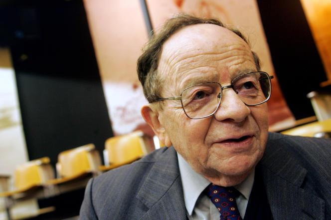 Henri Alleg en décembre 2005 à Toulouse.