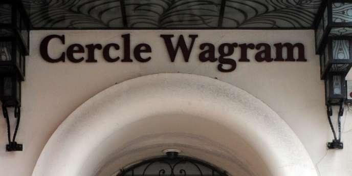 L'entrée du Cercle Wagram, près des Champs-Elysées, à Paris.