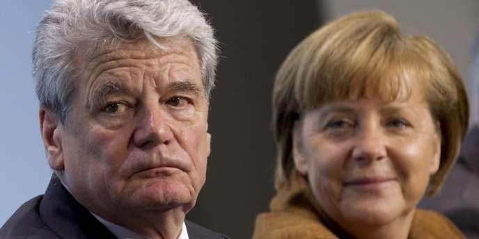 Joachim Gauck,  le 11e président de l'Allemagne, et la chancellière allemande Angela Merkel, à Berlin, le 19 février 2012.