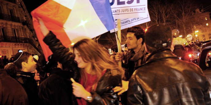 Une manifestation a été organisée à Paris par l'UEJF( Union des etudiants juifs de France ) après la fusillade au lycée-collège juif Ozar-Hatorah de Toulouse.