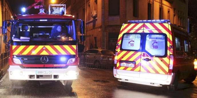 Deux pompiers venus porter assistance samedi 3 août au soir à une personne âgée tombée dans une rue ont été attaqués par des jeunes dans le quartier du Mirail, à Toulouse.