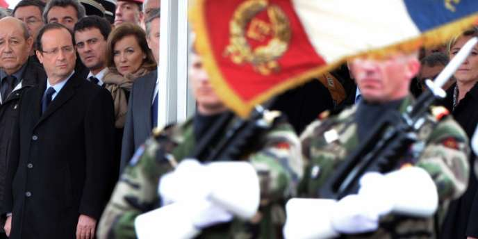 Le chef de l'Etat a assuré que les crédits de la défense seraient
