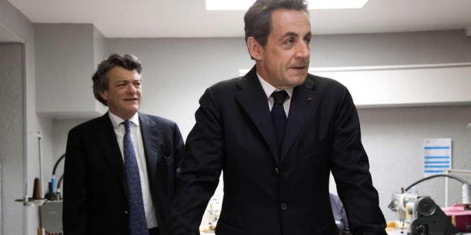 Nicolas Sarkozy et Jean-Louis Borloo, le 23 mars à Valenciennes.
