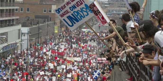 Manifestation dans les rues de Montréal en mars 2012.