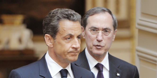 Nicolas Sarkozy et Claude Guéant, le 9 mai 2011 à Paris.