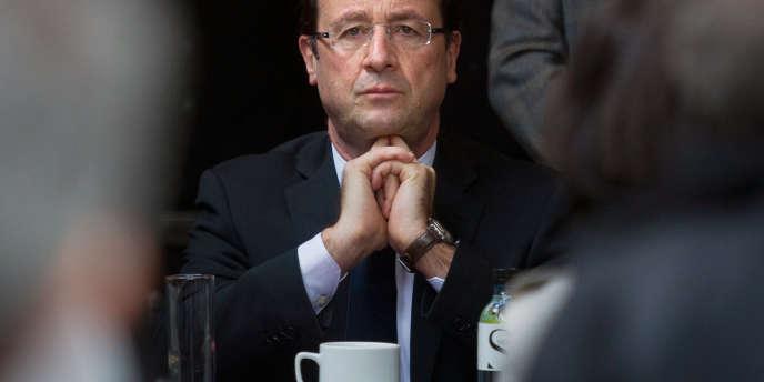 François Hollande, le 25 mars à Bastia.