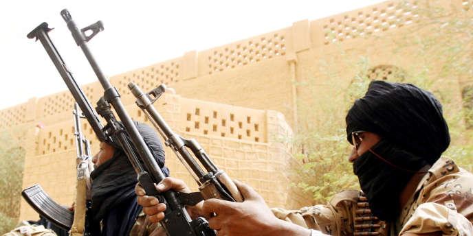 Militaires  maliens à Kidal, en 2006.