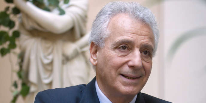 Le nutritionniste, qui s'est rendu célèbre pour avoir popularisé sa propre méthode de régime, s'était déjà exclu de la profession en mai 2012.