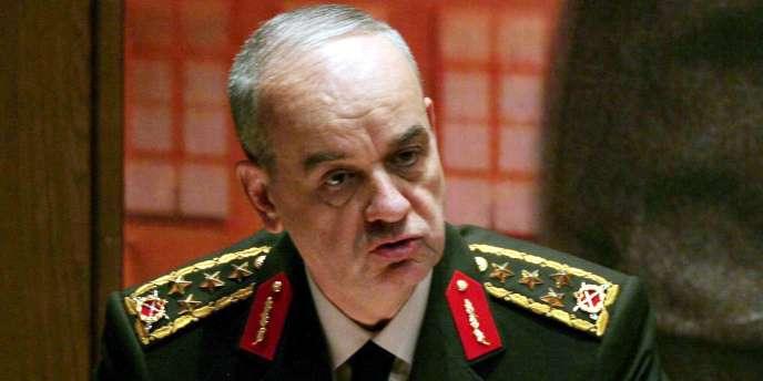 L'ancien chef d'etat-major des armées turques a été condamné à la prison à vie dans ce procès qui implique 275 ex-militaires soupçonnés d'avoir voulu organiser un coup d'Etat contre le gouvernement turc.
