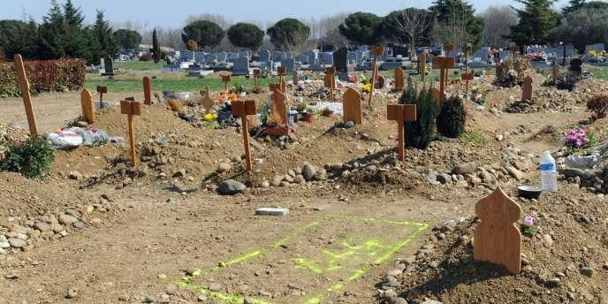 Mohamed Merah a été mis en terre, jeudi 28 mars en début de soirée, dans le carré musulman du cimetière de Cornebarrieu.
