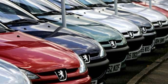 Le constructeur français, PSA Peugeot Citroën, a suspendu l'envoi de pièces détachées à son partenaire local.
